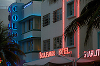 Colony and Boulevard Hotel in Miami Beach, the Hotel is located in worlwide famous Ocean Drive in South Beach, this is a tourist attraction in Miami, The hotel is a typical art deco building.