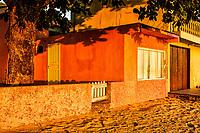 Casa na Praia do Ribeirão da Ilha. Florianópolis, Santa Catarina, Brasil. / House at Ribeirao da Ilha Beach. Florianopolis, Santa Catarina, Brazil.