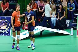 05-09-2015 NED: Volleybal vriendschappelijk Nederland - Belgie, Utrecht<br /> Nederland verliest kansloos met 3-0 van Belgie / Thijs ter Horst en Gijs Jorna #7