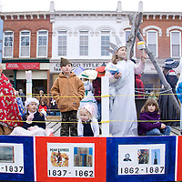 Chardon celebrated its bicentennial in 2012 and  Hamden Alliance Church's 'Maple Our Sweet Heritage' float celebrated the history of the city from 1812-2012.