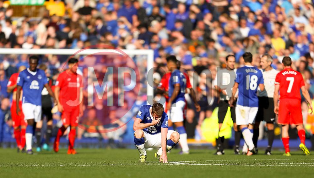 Everton's James McCarthy looks dejected after the final whistle - Mandatory byline: Matt McNulty/JMP - 07966 386802 - 04/10/2015 - FOOTBALL - Goodison Park - Liverpool, England - Everton  v Liverpool - Barclays Premier League
