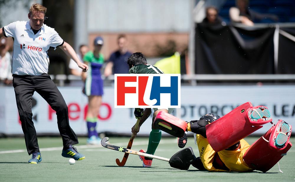 BREDA - Rabobank Hockey Champions Trophy<br /> 5th/6th place Belgium - Pakistan<br /> Belgium wins after shoot out.<br /> Photo: BHUTTA Umar.<br /> COPYRIGHT WORLDSPORTPICS FRANK UIJLENBROEK