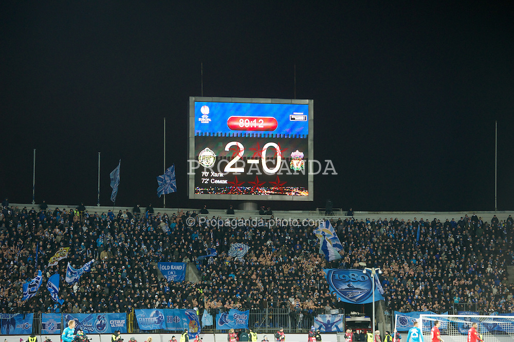 SAINT PETERSBURG, RUSSIA - Thursday, February 14, 2013: FC Zenit St Petersburg's scoreboard records the 2-0 victory over Liverpool during the UEFA Europa League Round of 32 1st Leg match at the Stadio Petrovski. (Pic by David Rawcliffe/Propaganda)