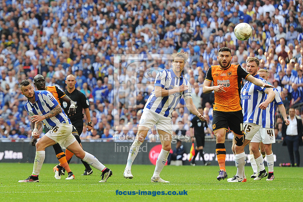 Mohamed Diame of Hull City scores his sides first goal to make the scoreline 1-0 during the Sky Bet Championship Play-off Final between Hull City and Sheffield Wednesday at KC Stadium, Hull<br /> Picture by Richard Blaxall/Focus Images Ltd +44 7853 364624<br /> 28/05/2016