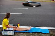 Ellen van Vugt heeft in de VeloX S het wereldrecord verbroken in de zesuur categorie tijdens het recordweekend op de Dekra baan in Schipkau. In zes uur heeft zij 404,0 km afgelegd, gelijk aan gemiddelde snelheid van 67,3 km/h. Zij is daarmee niet alleen de snelste vrouw in deze categorie, ze laat ook alle mannen achter zich. In Duitsland worden op de Dekrabaan bij Schipkau recordpogingen gedaan met speciale ligfietsen tijdens een speciaal recordweekend.<br /> <br /> Ellen van Vugt has set a new world record in the six hours category during the record weekend at the Dekra track with the VeloX S. In six hours she has traveled 404.0 km, equal to average speed of 67.3 km / h. She is not only the fastest woman in this category, also let all the men behind her. In Germany at the Dekra track near Schipkau cyclists try to set new speed records with special recumbents bikes at a special record weekend.
