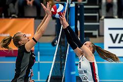 29-09-2018 NED: Supercup Sliedrecht Sport - Eurosped, Sliedrecht<br /> Sliedrecht takes the first price of the new season / Laura de Zwart #10 of Eurosped, Sarah van Aalen #9 of Sliedrecht Sport