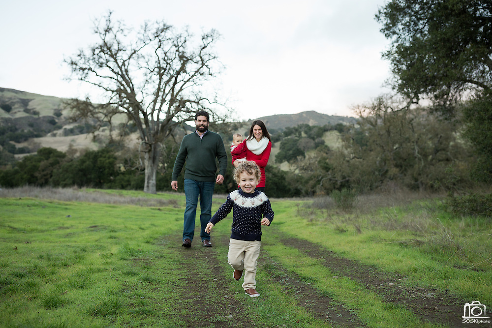 The Camahort family poses for portraits at the Sunol Regional Wilderness in Sunol, California, on November 21, 2016. (Stan Olszewski/SOSKIphoto)