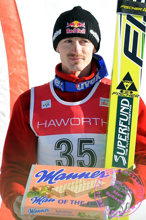 GEPA-2501095618 - WHISTLER,KANADA,25.JAN.09 - SKI NORDISCH, SKISPRINGEN - FIS Weltcup Whistler, Siegerehrung. Bild zeigt Adam Malysz (POL). Foto: GEPA pictures/ Oliver Lerch.FOT. GEPA / WROFOTO.*** POLAND ONLY !!! ***