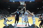 DESCRIZIONE : Caserta Lega serie A 2013/14  Pasta Reggia Caserta Acea Virtus Roma<br /> GIOCATORE : michele vitali<br /> CATEGORIA : stoppata<br /> SQUADRA : Pasta Reggia Caserta<br /> EVENTO : Campionato Lega Serie A 2013-2014<br /> GARA : Pasta Reggia Caserta Acea Virtus Roma<br /> DATA : 10/11/2013<br /> SPORT : Pallacanestro<br /> AUTORE : Agenzia Ciamillo-Castoria/GiulioCiamillo<br /> Galleria : Lega Seria A 2013-2014<br /> Fotonotizia : Caserta  Lega serie A 2013/14 Pasta Reggia Caserta Acea Virtus Roma<br /> Predefinita :