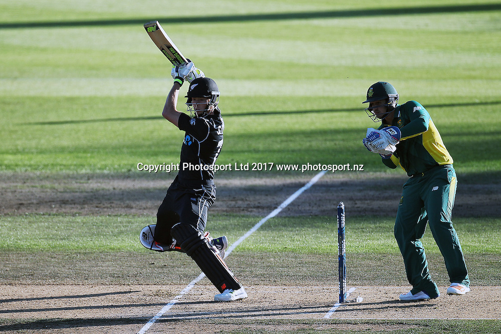 Blackcaps' Mitchell Santner batting during the One Day International cricket match - New Zealand Black Caps v South Africa played at Seddon Park, Hamilton, New Zealand on Sunday 19 February 2017.  Copyright photo: Bruce Lim / www.photosport.nz