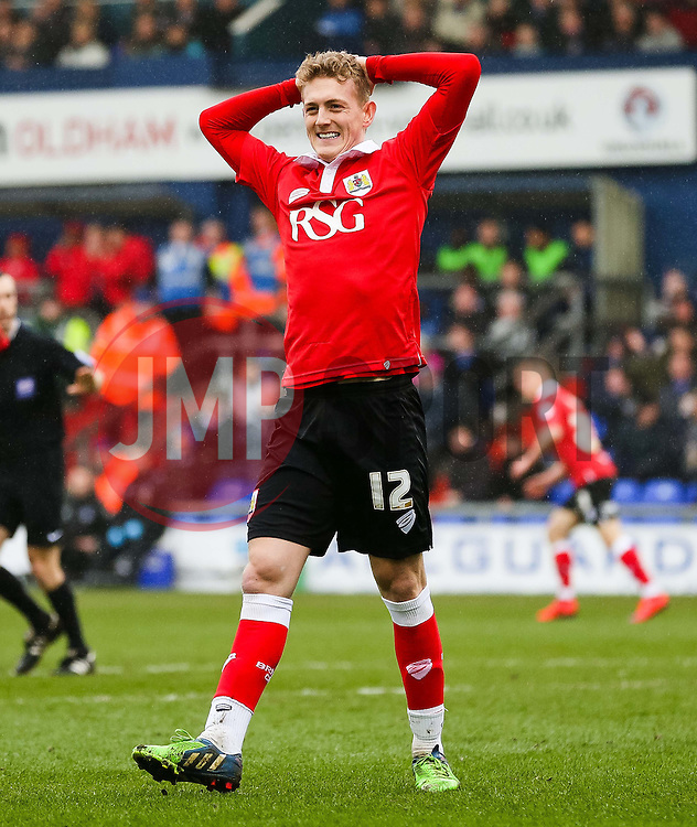 Bristol City's George Saville reacts after his shot goes wide  - Photo mandatory by-line: Matt McNulty/JMP - Mobile: 07966 386802 - 03/04/2015 - SPORT - Football - Oldham - Boundary Park - Oldham Athletic v Bristol City - Sky Bet League One