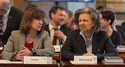 28.03.2018, Altes Landhaus, Innsbruck, AUT, konstituierende Sitzung, Tiroler Landtag, im Bild Landesrätin Beate Palfrader (ÖVP) und Landesrätin Patrizia Zoller-Frischauf (ÖVP) // during the inaugural session of the Tyrolean state parliament at the Altes Landhaus in Innsbruck, Austria on 2018/03/28. EXPA Pictures © 2018, PhotoCredit: EXPA/ Jakob Gruber