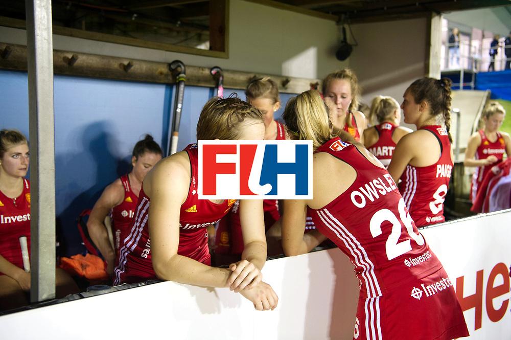 AUCKLAND - Sentinel Hockey World League final women<br /> Match id: 10310<br /> 20 ENG v NZL (Semi Final) 0-1<br /> New Zealand play the final<br /> Foto: Elena Rayer and Lily Owsley sad.<br /> WORLDSPORTPICS COPYRIGHT FRANK UIJLENBROEK