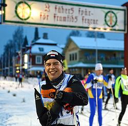 06-03-2016 SWE: Vasaloppet Challenge BvdGF day 7, Sälen<br /> Vandaag een rustig dagje, 90 km langlaufen van Sälen naar Mora in bizarre omstandigheden / Marco komt over de finish