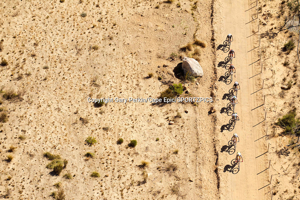 The lead bunch during stage 5 of the 2015 Absa Cape Epic Mountain Bike stage race held from HTS Drostdy in Worcester to the Cape Peninsula University of Technology in Wellington, South Africa on the 20 March 2015<br /> <br /> Photo by Gary Perkin/Cape Epic/SPORTZPICS<br /> <br /> PLEASE ENSURE THE APPROPRIATE CREDIT IS GIVEN TO THE PHOTOGRAPHER AND SPORTZPICS ALONG WITH THE ABSA CAPE EPIC