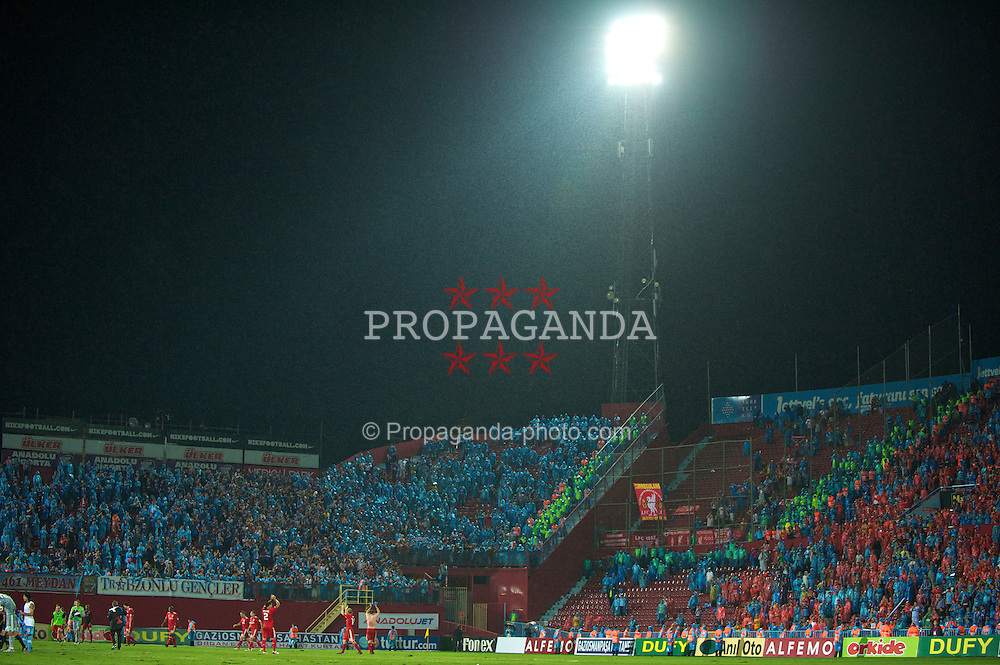 TRABZON, TURKEY - Thursday, August 26, 2010: Liverpool's players applaud the travelling supporters following their 2-1 victory over Trabzonspor during the UEFA Europa League Play-Off 2nd Leg match at the Huseyin Avni Aker Stadium. (Pic by: David Rawcliffe/Propaganda)