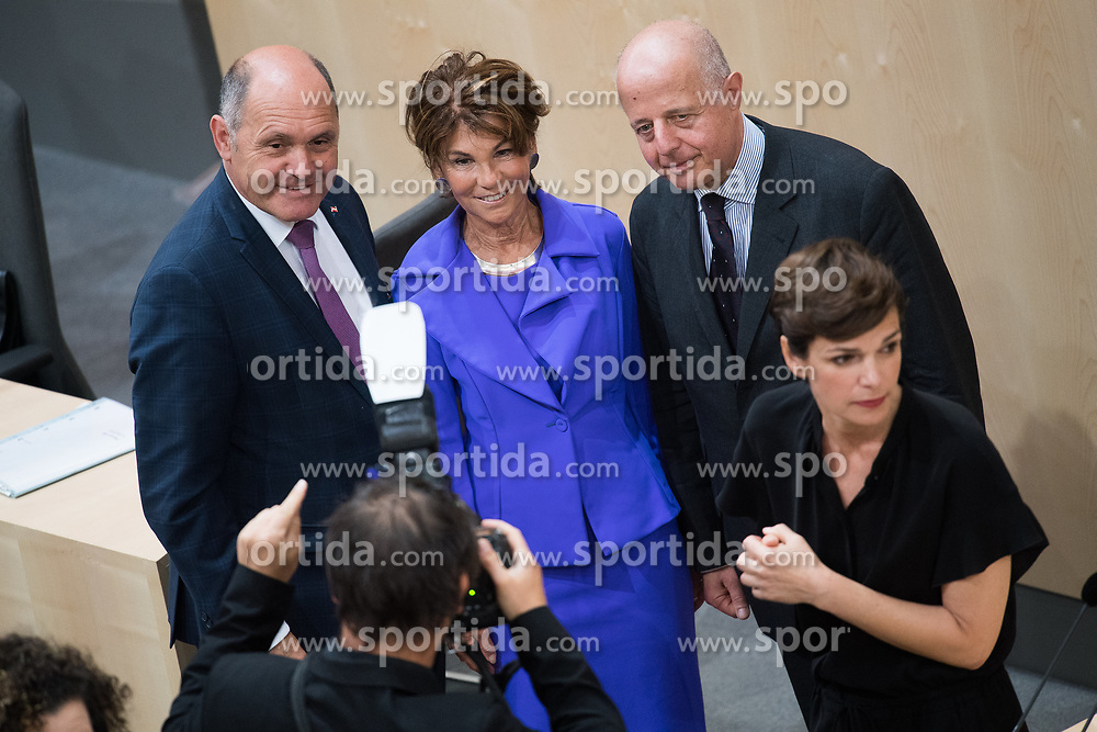 12.06.2019, Hofburg, Wien, AUT, Parlament, Nationalratssitzung, Sitzung des Nationalrates mit Vorstellung der Übergangsregierung, im Bild Nationalratspräsident Wolfgang Sobotka (ÖVP), Bundeskanzlerin Brigitte Bierlein, Vizekanzler und Justizminister Clemens Jabloner und SPÖ-Klubobfrau Pamela Rendi-Wagner // President of the National Council Wolfgang Sobotka (OeVP), Austrian Chancellor Brigitte Bierlein, Austrian Vice Chancellor and Minister of Justice Clemens Jabloner and Party whip of the Austrian Social Democratic Party (SPOe) Pamela Rendi-Wagner during meeting of the National Council of austria at Hofburg palace in Vienna, Austria on 2019/06/12, EXPA Pictures © 2019, PhotoCredit: EXPA/ Michael Gruber