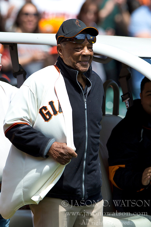 SAN FRANCISCO, CA - APRIL 26:  Hall of Fame center fielder Willie Mays of the San Francisco Giants looks on before the game against the Cleveland Indians at AT&T Park on April 26, 2014 in San Francisco, California. The San Francisco Giants defeated the Cleveland Indians 5-3.  (Photo by Jason O. Watson/Getty Images) *** Local Caption *** Willie Mays