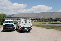 Border Patrol at El Paso del Norte crossing on the Rio Grande/Rio BravoBorder Patrol at El Paso del Norte crossing on the Rio Grande/Rio Bravo