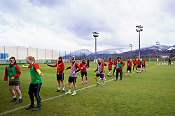 ZENICA, BOSNIA AND HERZEGOVINA - Monday, November 27, 2017: Wales players during a training session ahead of the FIFA Women's World Cup 2019 Qualifying Round Group 1 match against Bosnia and Herzegovina at the FF BH Football Training Centre. (Pic by David Rawcliffe/Propaganda)
