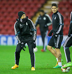 21.10.2014, Anfild, Liverpool, ESP, UEFA CL, FC Liverpool vs Real Madrid, Gruppe B, Training Real Madrid, im Bild Real Madrid's Javier Hernandez // during training session of Real Madrid CF ahead of the UEFA Champions League Group B match between Liverpool FC and Real Madrid CF at Anfield Anfild in Liverpool, Great Britain on 2014/10/21. EXPA Pictures © 2014, PhotoCredit: EXPA/ Propagandaphoto/ David Rawcliffe<br /> <br /> *****ATTENTION - OUT of ENG, GBR*****
