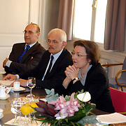 NLD/Den Haag/20070412 - Visit of Mr. Hans-Gert Pöttering, president of the European parliament to The Hague, talking with Mrs.Gerti Verbeet, president of the House of Representatives of States Gerneral..NLD/Den Haag/20070412 - President Europees Parlement Hans-Gert Pöttering bezoekt Den Haag, ontmoeting met de voorzitter van de 2de Kamer, Mw. Gerdi Verbeet.  ** foto + verplichte naamsvermelding Brunopress/Edwin Janssen  **