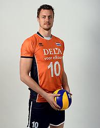 13-05-2014 NED: Selectie Nederlands volleybal team mannen, Arnhem<br /> Op Papendal werd het Nederlands team volleybal seizoen 2014-2015 gepresenteerd / Jeroen Rauwerdink