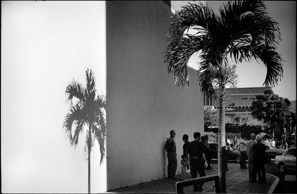DAILY VENEZUELA / VENEZUELA COTIDIANA.Caracas, Venezuela 2005.(Copyright © Aaron Sosa)