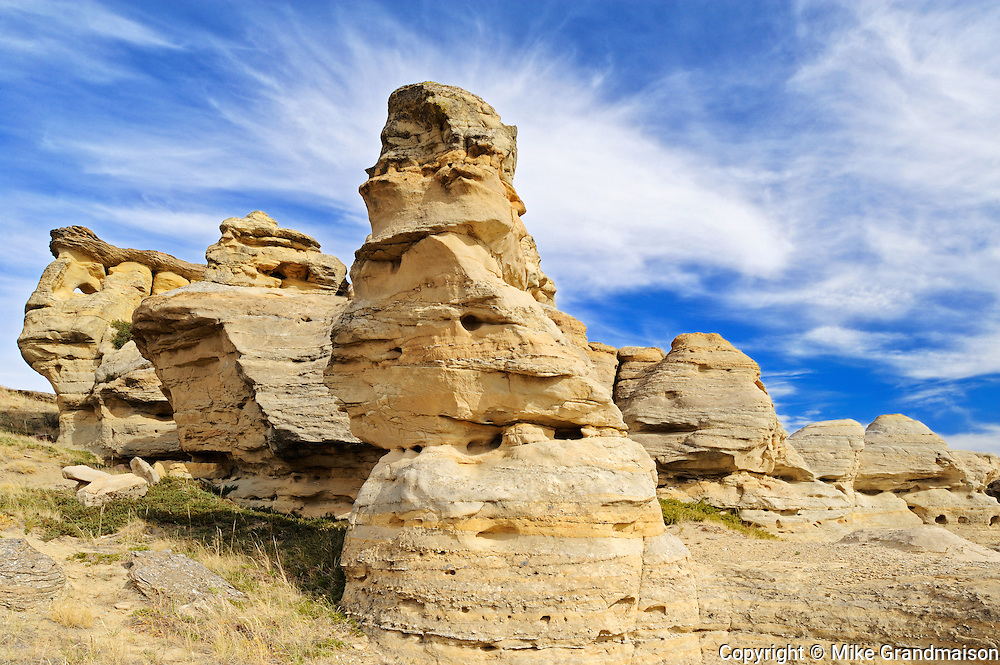 Badlands in UNESCO World Heritage Site<br /> Writing-On-Stone Provincial Park<br /> Alberta<br /> Canada<br /> Writing-On-Stone Provincial Park<br /> Alberta<br /> Canada