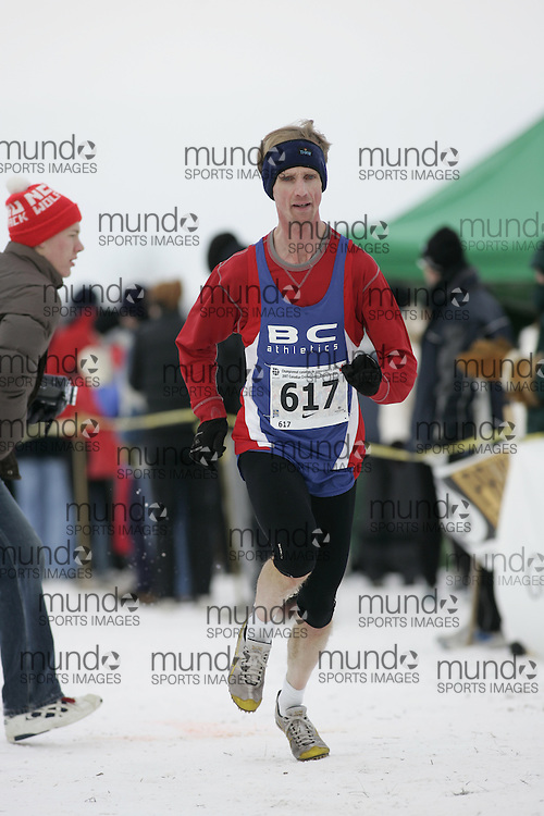 Guelph, Ontario ---01/12/07--- The senior men's race at the Canadian Cross Country Championships in Guelph, Ontario, December 1, 2007..photo by GEOFF ROBINS