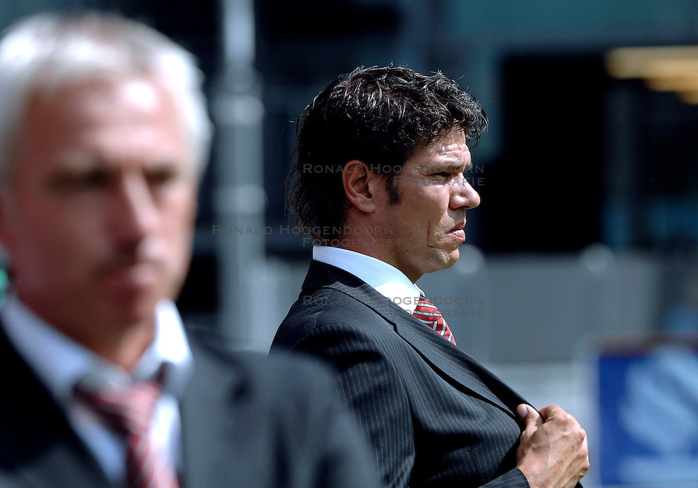 19-08-2007 VOETBAL: UTRECHT - FEYENOORD: UTRECHT<br /> Feyenoord wint met 3-0 in de Galgenwaard / Patrick Lodewijks<br /> &copy;2007-WWW.FOTOHOOGENDOORN.NL