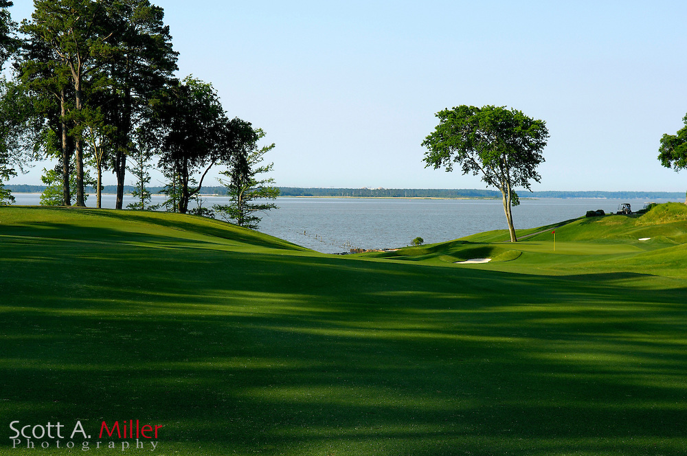 Williamsburg, Va. -- 16th hole on the River Course at Kingsmill....Scott A. Miller/Golfweek