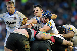 Tom Ellis of Bath Rugby in action at a maul - Photo mandatory by-line: Patrick Khachfe/JMP - Mobile: 07966 386802 31/01/2015 - SPORT - RUGBY UNION - London - The Twickenham Stoop - Harlequins v Bath Rugby - LV= Cup