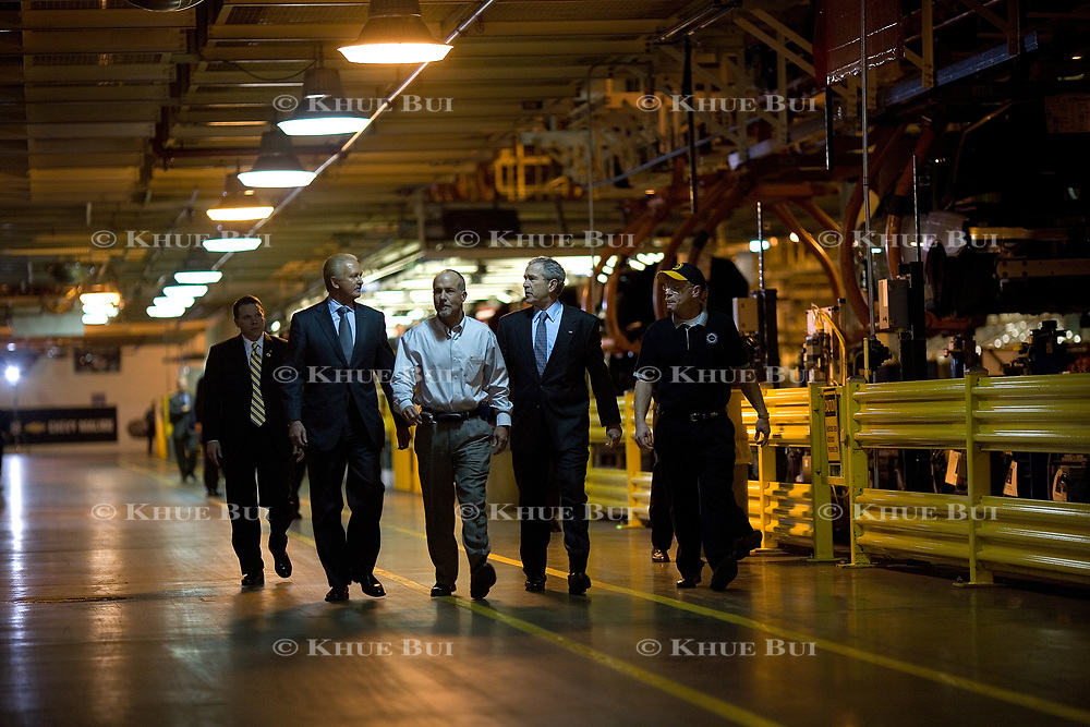 President Bush tours the General Motors Fairfax Assembly Plant Tuesday, March 20, 2007, in Fairfax, KS.  Tour guides are Gary Cowger, Group Vice-President of Manufacturing and Labor; Paul Marr, Plant Manager; Jeff Manning, President of UAW Local 31.  <br /> <br /> Photo by Khue Bui