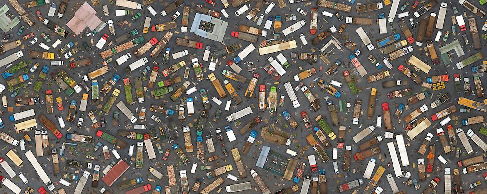 Imagem construída a partir de centenas de fotografias aereas feitas no CEASA, o maio entreposto comercial de alimentos do Brasil