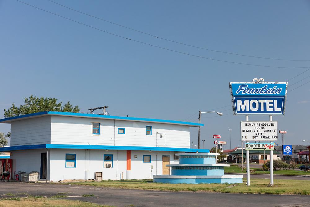 https://Duncan.co/abandoned-motel-04