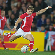Leigh Halfpenny, Wales, kicks a penalty during the Australia V Wales Bronze Final match at the IRB Rugby World Cup tournament, Auckland, New Zealand. 21st October 2011. Photo Tim Clayton...