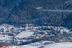 09.02.2017, St. Moritz, SUI, FIS Weltmeisterschaften Ski Alpin, St. Moritz 2017, Abfahrt, Herren, Training, im Bild Trainingsflug der Patrouille Suisse mit SWISS C-Series jet rehersal // Patrouille Suisse with SWISS C-Series jet rehersal during the practice run of men's Downhill of the FIS Ski World Championships 2017. St. Moritz, Switzerland on 2017/02/09. EXPA Pictures © 2017, PhotoCredit: EXPA/ Alessandro Della Bella/ POOL