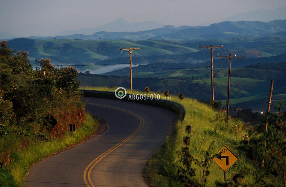 Cunha, SP, Brasil. 06/02/03.Estrada Cunha - Parati / Road Cunha - Parati..Foto © Marcos Issa / Ag.Argosfoto