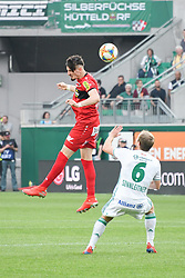 25.05.2019, Allianz Stadion, Wien, AUT, 1. FBL, SK Rapid Wien vs Cashpoint SCR Altach, Qualifikationsgruppe, 32. Spieltag, im Bild v.l. Mergim Berisha (SCR Altach), Mario Sonnleitner (Rapid Wien) // during the tipico Bundesliga qualification group 32nd round match between SK Rapid Wien and Cashpoint SCR Altach at the Allianz Stadion in Wien, Austria on 2019/05/25. EXPA Pictures © 2019, PhotoCredit: EXPA/ Lukas Huter