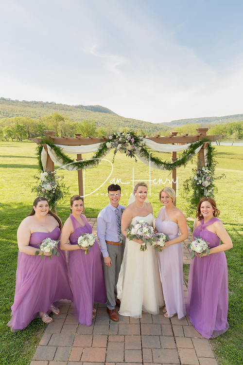 The wedding of Hayley Graham and Shaun Duncan at Tennessee RiverPlace on April 21, 2018.
