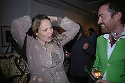 Bay Garnet and Nick Haddow. Silent auction reception in aid of the Aids charity  Clothesline.  The Hospital. London. 19  September 2005. ONE TIME USE ONLY - DO NOT ARCHIVE © Copyright Photograph by Dafydd Jones 66 Stockwell Park Rd. London SW9 0DA Tel 020 7733 0108 www.dafjones.com