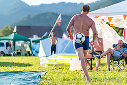 08.07.2017, Red Bull Ring, Spielberg, AUT, FIA, Formel 1, Grosser Preis von Österreich, Qualifying, im Bild Campingplatz, beim Seifenwasser Fussball spielen // Campsite a Fan while playing soap water football After the Qualifying of the Austrian FIA Formula One Grand Prix at the Red Bull Ring in Spielberg, Austria on 2017/07/08. EXPA Pictures © 2017, PhotoCredit: EXPA/ JFK