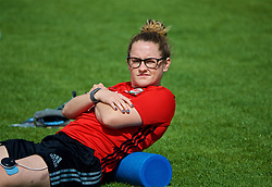 LARNACA, CYPRUS - Thursday, March 1, 2018: Wales' Rachel Rowe using a Compex muscle stimulator during a training session in Larnaca on day three of the Cyprus Cup tournament. (Pic by David Rawcliffe/Propaganda)
