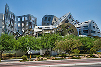 Cleveland Clinic Lou Ruvo Center for Brain Health, Arts District