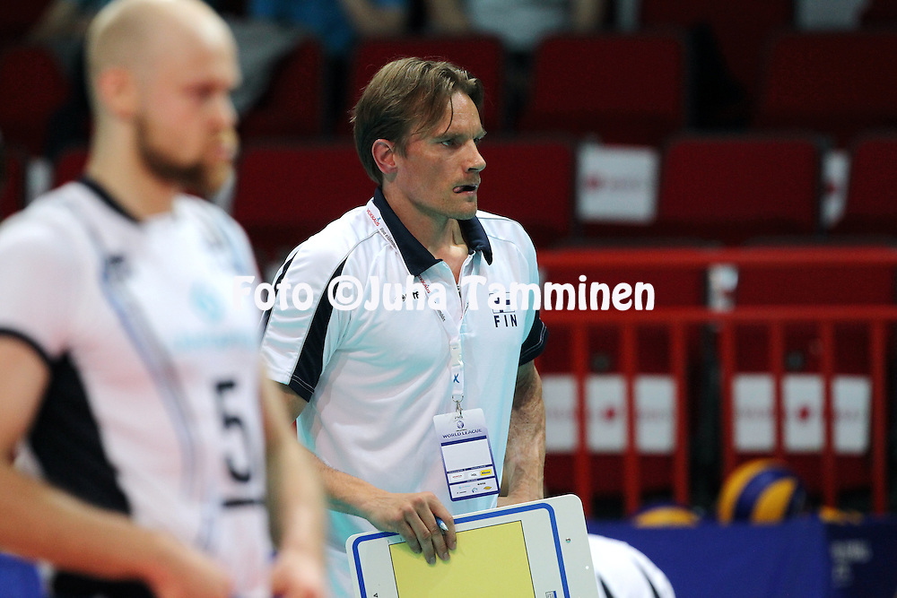 1.6.2013, Helsinki, Finland.<br /> Lentopallon Maailmanliiga 2013, Suomi - Portugali / FIVB World League 2013, Finland v Portugal.<br /> Valmentaja/Coach Tuomas Sammelvuo - Suomi / Finland