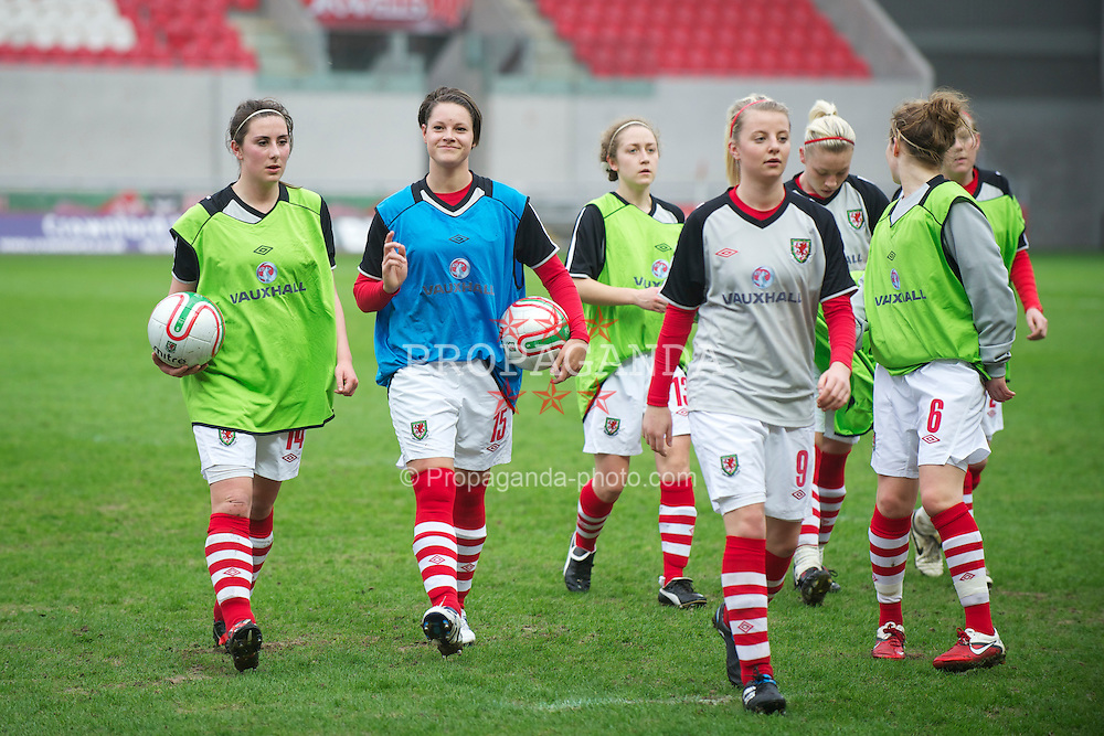 LLANELLI, WALES - Thursday, March 31, 2011: Wales' Sophie Cole,Stephanie Hughson, Sophie Davies, Hannah Keryakopolis and Hayley Ladd before the UEFA European Women's Under-19 Championship Second Qualifying Round (Group 3) match against Germany at Parc Y Scarlets. (Photo by David Rawcliffe/Propaganda)