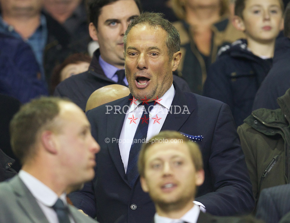 LIVERPOOL, ENGLAND - Monday, September 30, 2013 Everton supporter and former Militant Tendency and deputy leader of Liverpool City Council Derek Hatton during the Premiership match against Newcastle United at Goodison Park. (Pic by David Rawcliffe/Propaganda)