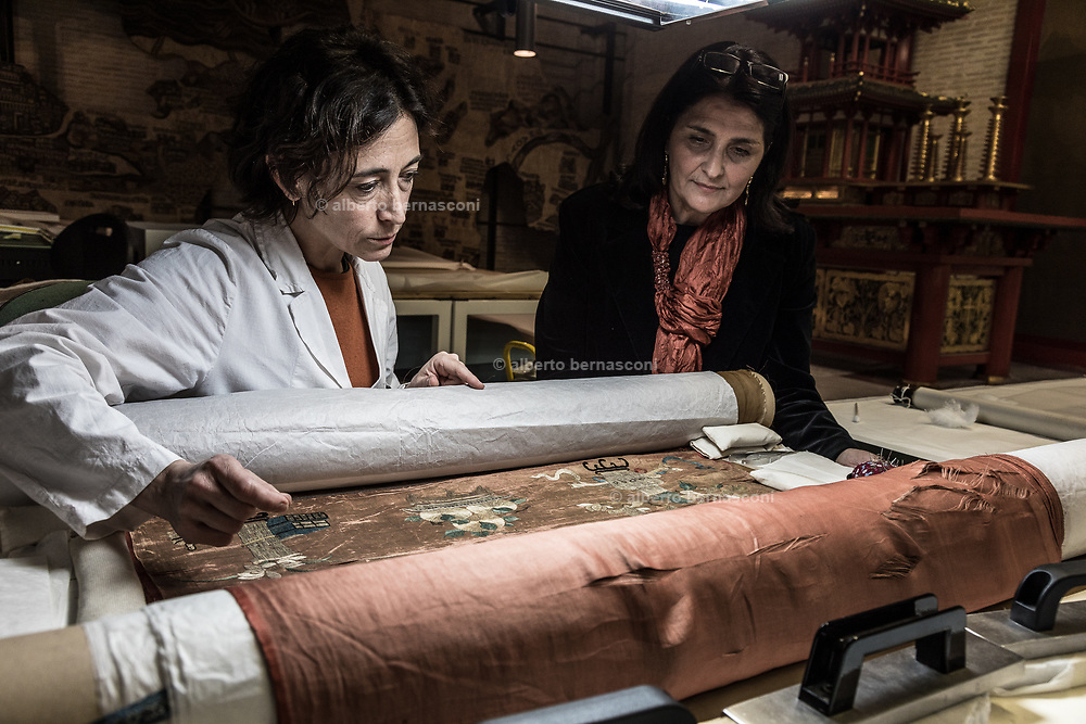 Rome, Vatican Museums, ethnological workshop (Chinese parchment, fabric and feathers)