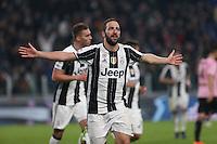 17.02.2017 - Torino - Serie A 2016/17 - 25a giornata  -  Juventus-Palermo nella  foto: Gonzalo Higuain esulta dopo il gol del 3 a 0